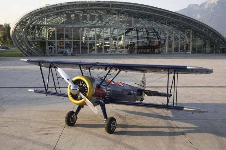 Red Bull Luftflotte - Flugzeuge & Helikopter Bild 42 - Motorsport
