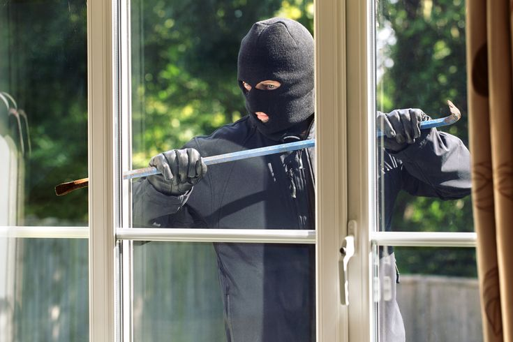 Alarm System is Top Deterrent for Burglars - Smart Home Protection