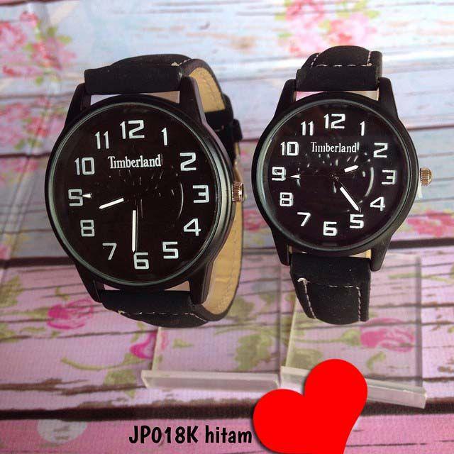 Jam tangan timberland couple. tidak bisa satuan.  Kode : JP018K hitam || Harga : 140ribu (2 jam) || Diameter : 4cm dan 3.3cm || Tali : kulit + suede || Water resistant : tidak