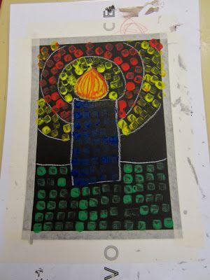 Open ideat -blogspot. Pyhäinpäivän kynttilä (A4, valkea liitu, vahaliidulla liekki, muuten puupalikalla painanta).