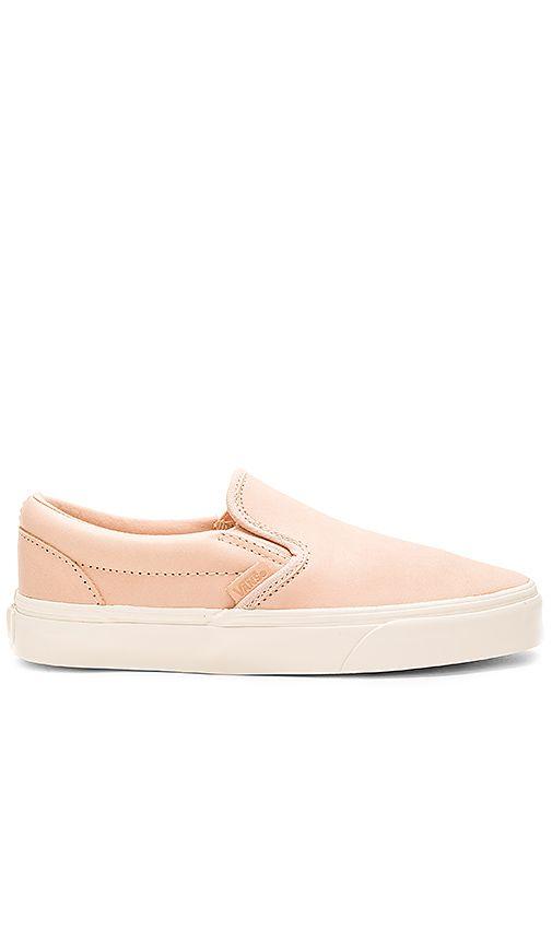 Vans Classic Slip On DX Sneaker in Tan