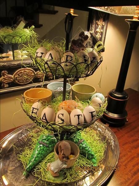 Love this Easter idea! French Wire Tiered Stand available at: www.denisecosgrove.willowhouse.com