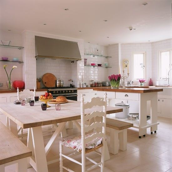 Warm country kitchen   Open-plan London home   Homes & Gardens house tour   PHOTO GALLERY   Housetohome