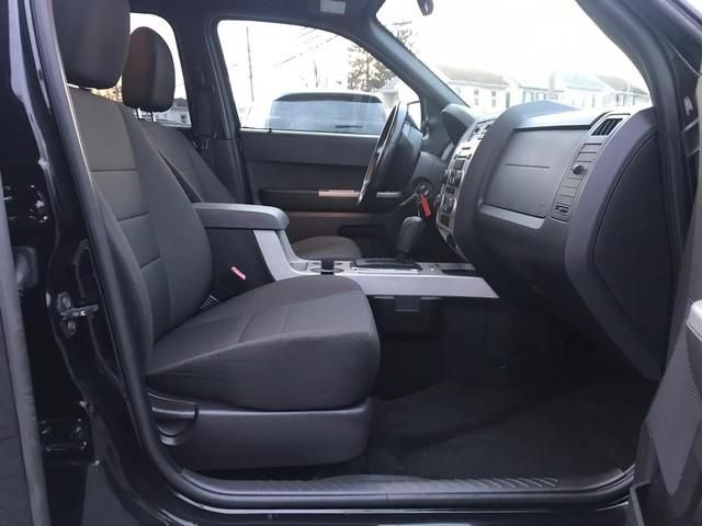 2010 Ford Escape Xlt In 2020 Ford Escape Xlt Ford Fuel Economy