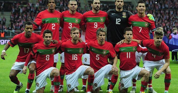 Portugal Team doing Mannequin Challenge