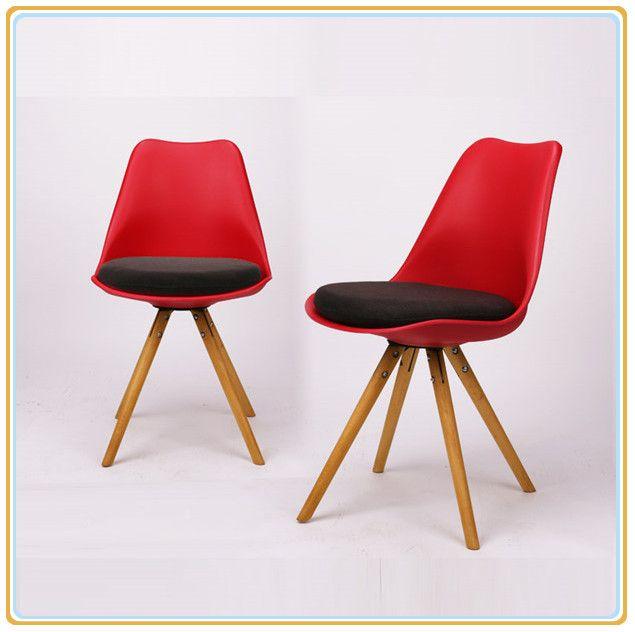 Italian Style Modern Chair of PP Material Plastic Garden Chair