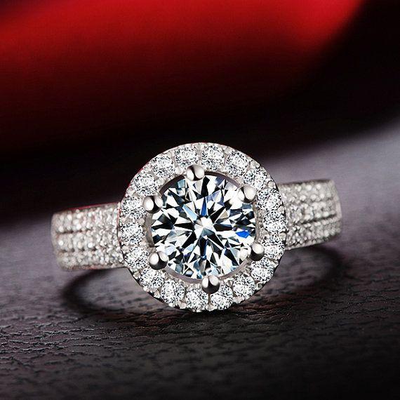 ADRIANNA Ring 1 karaat Halo diamanten van JulietAndOliver op Etsy