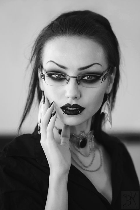 GothicDarling — Photography: B.Kostadinov Photography Model: Darya...