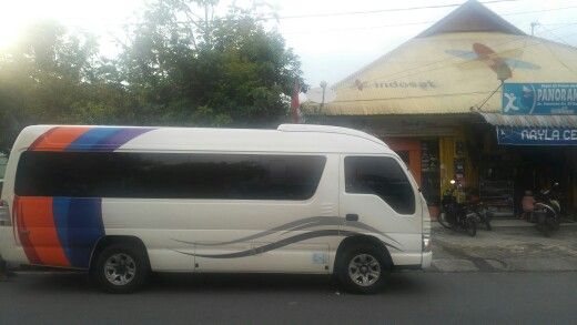 Elf long 14 seater