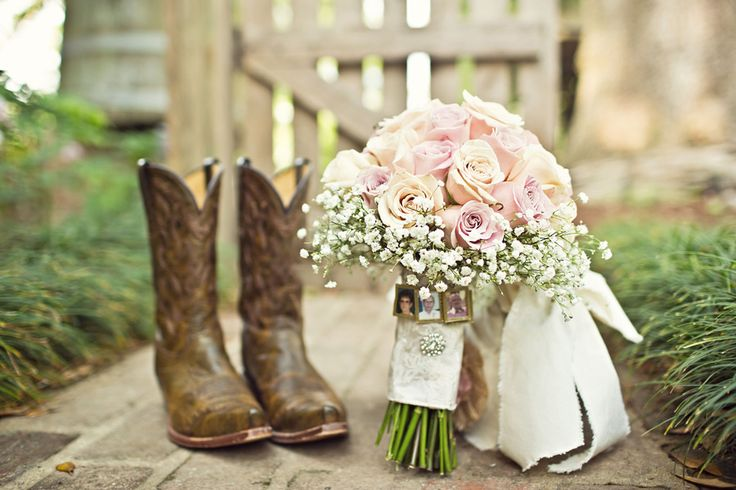 Chantilly-wedding-photography-louisiana_0003, rustic wedding, chantilly wedding photography, rustic bridal bouquet, in memory of pictures, cowboy boots, chantilly wedding photography, baton rouge louisiana