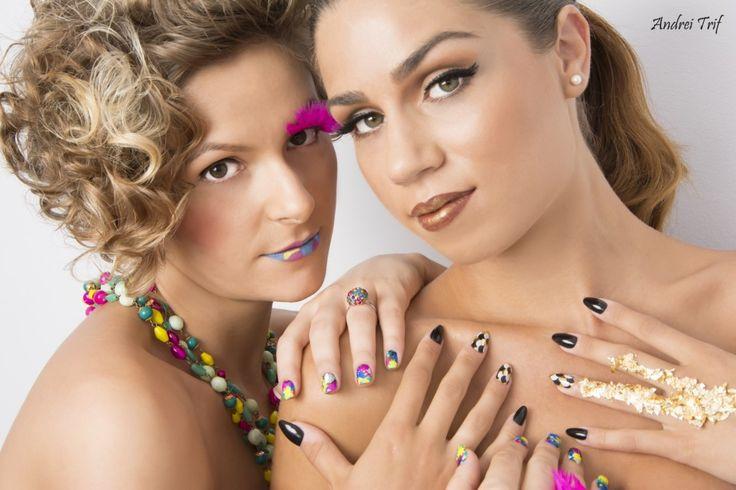 unghii colorate cu foliu minx