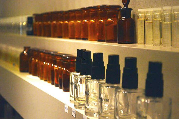 Trabajamos con las mejores esencias #perfumes #perfumesdeautor #esencias #creaciones #labperfum