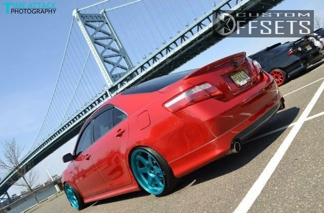 464 5 2007 camry toyota se 4dr sedan 35l 6cyl 6a dropped 3 varrstoens es222 custom aggressive 1 outside fender.jpg