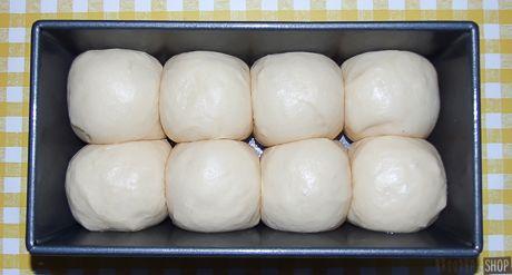 Een recept voor brioche: een heerlijk brood met roomboter, eieren en melk. Slecht voor de lijn, maar o zo lekker!
