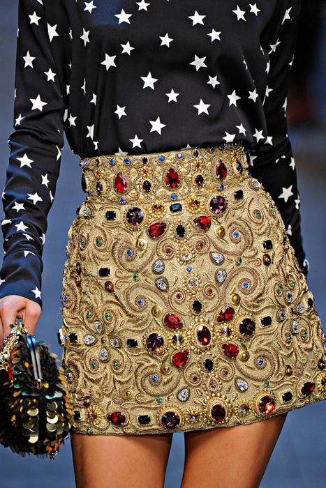 Dolce and Gabbana fall 2011 skirt - aaaamazing. I'd enamel all my clothing if I could.
