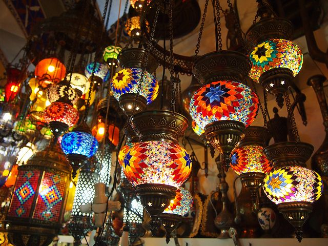 In Photos: Glass Lanterns in Istanbul's Grand Bazaar
