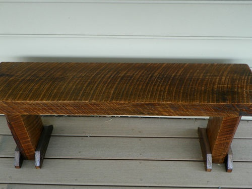 Reclaimed Oak bench made from old barn wood 25000  : d4d6dc01b76fc77d7ee59811b3700c36 from pinterest.com size 500 x 375 jpeg 49kB