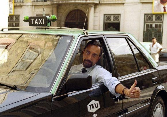 Marcelo Rebelo de Sousa drives a taxi. 1989, campanha para a Câmara De Lisboa