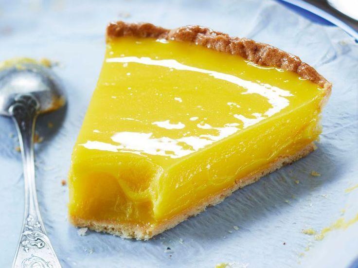 Découvrez la recette Tarte au citron sans meringue sur cuisineactuelle.fr.