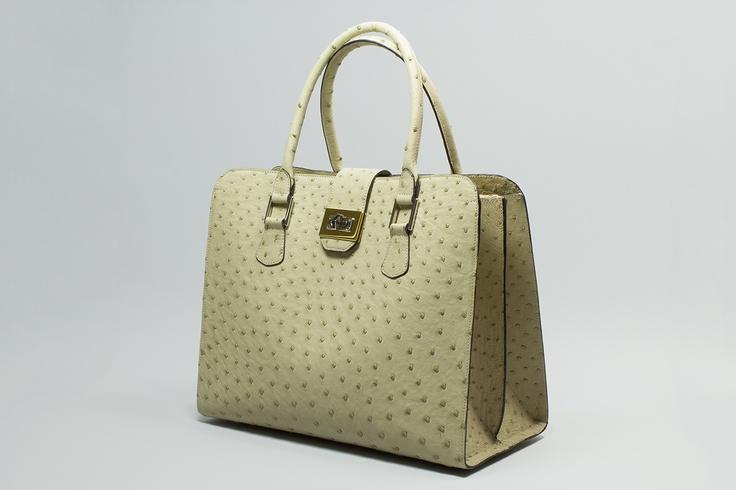 ELENA    Day bag, snap closure, zip and double handles.