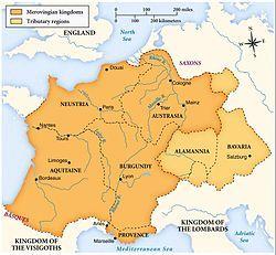 Imperio merovingio (481-751). Formado por el reino germánico de los francos hasta la formación del imperio carolingio en el siglo VIII. Ocupaba los actuales Países Bajos, Bélgica, Luxemburgo, Alemania occidental, Suiza, Austria y Francia.