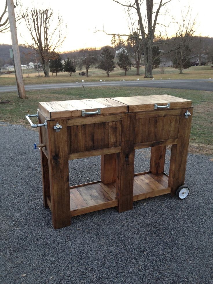 Homemade double pallet cooler.