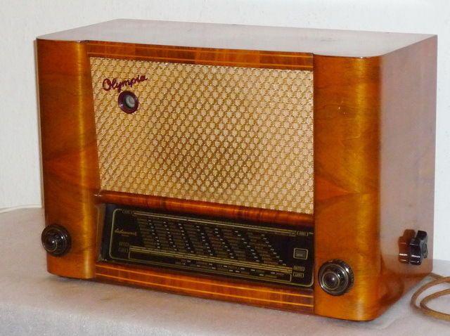 Sehr schönes altes Röhrenradio OLYMPIA 502WM Sachsenwerk 1952 | eBay