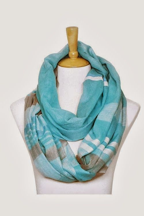 Adorable infinity scarf in ashen and blue