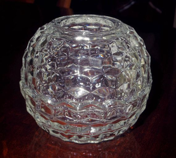 2 Pi CANDLE BOWL VOTIVE Colony Cube Clear Crystal Candle Holder Glass Clear Scalloped Edges Heavy Cu