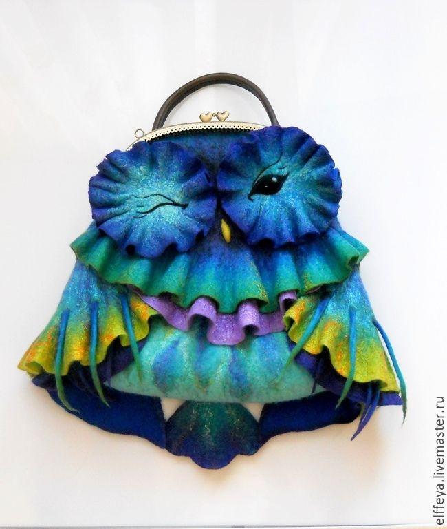 """Купить Сумочка """"Совушка радужная, Счастливая!.."""")) - разноцветный, радужный, совушка, сумка из войлока"""