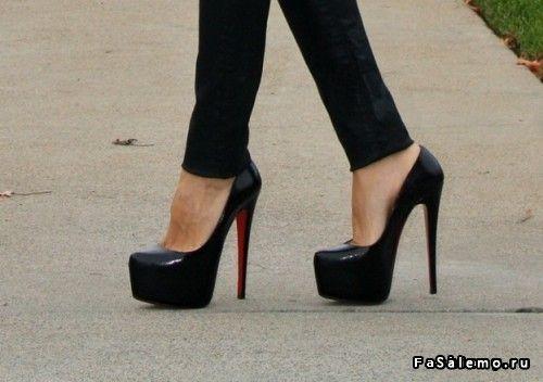 Вы точно купите брендовые аксессуары под красные туфли в нашем салоне, если пройдете по ссылке. Вас ожидает неимоверное открытие территории легких туфли женские большого размера