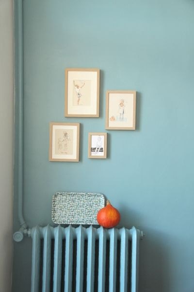 As de trèfle & 7 de coeur #light blue. More inspiration at Bed and Breakfast Valencia Spain: http://www.valenciamindfulnessretreat.org