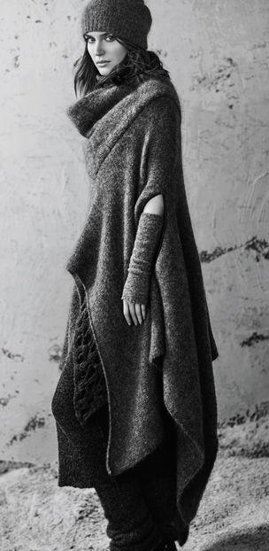 https://www.sarahpacini.com/fr/lookbook/winter-2015/the-accessories/