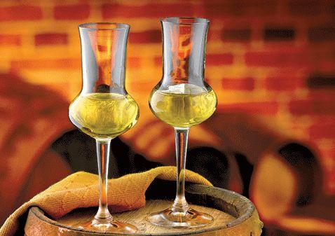 #Grappa: da superalcolico per forti bevitori a piacere per degustatori raffinati. Ecco quelle da provare