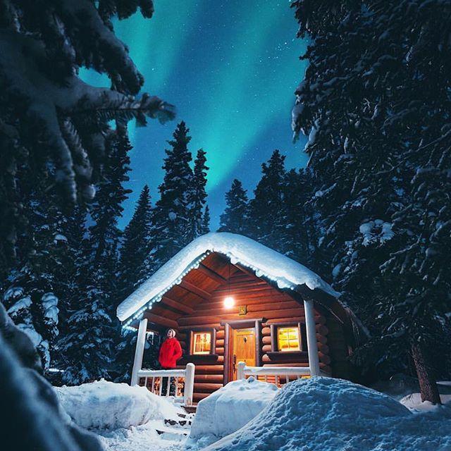 новый год в лесной хижине картинки звезд солнечные