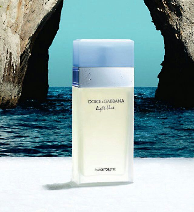 Dolce & Gabbana Light Blue Perfume: Invigorating Sicilian Cedar Melds with the Crisp vibrancy of Apple and the guileless charm of the bluebell to evoke the essence of a South Italian Summer.