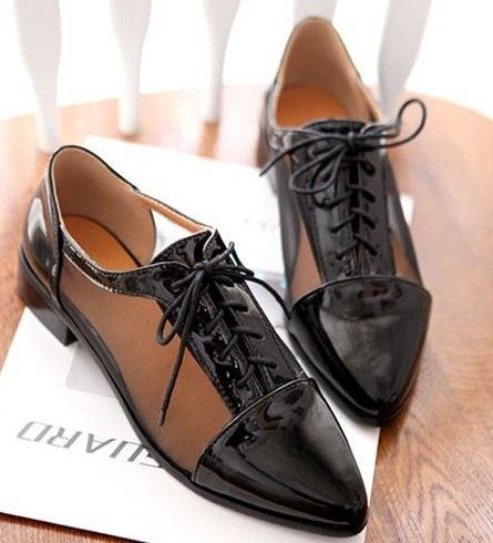 SIZE 34-43 ! Flat Shoes2014 British Style Summer Oxfords For Women Flat Heel  Pointed Toe Japanned  Leather Cutout Casual Shoes  US $30.66