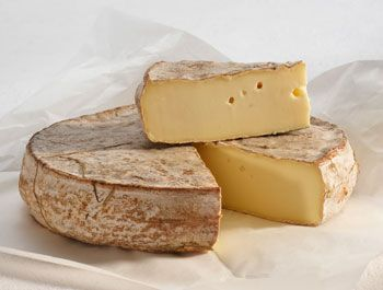 i will always remember the taste of this wonderful saint nectaire cheese