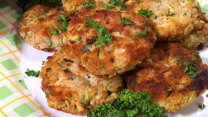 "Connie's Zucchini ""Crab"" Cakes...bake in a 400 oven for 12-15 mins the. Flip and backs an additional 12-15 mins"