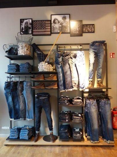 родном как развесить джинсы в магазине фото поезда, бросила последний