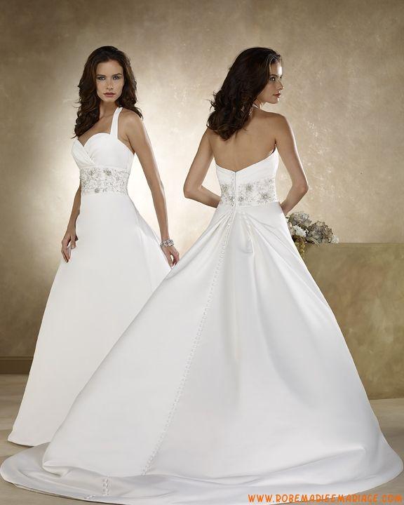 Robe A-ligne col au cou en satin ornée de broderies robe de mariée avec traîne