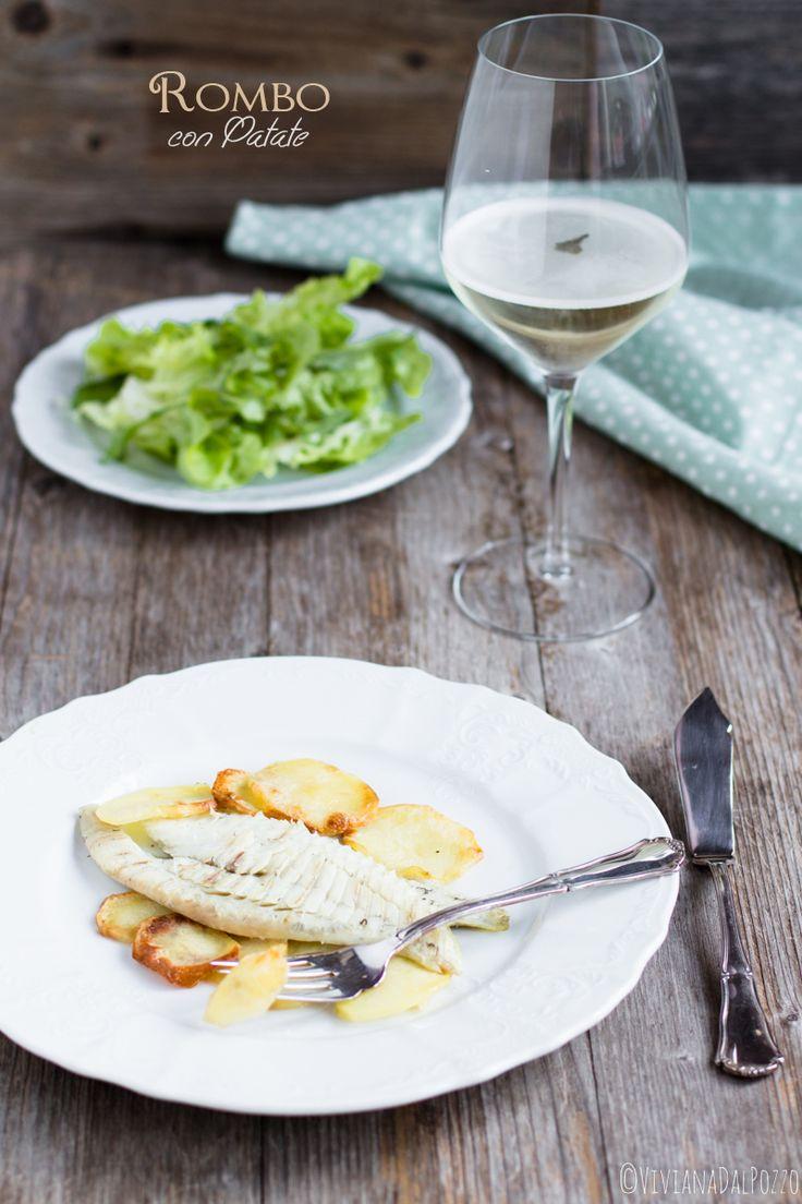 Il Rombo al Forno con le patate è una ricetta molto semplice e veloce, facilissima da fare è davvero una bella idea per cucinare un secondo di pesce già corredato del contorno. Il pesce con le patate per me è un abbinamento sempre riuscito, nel caso del rombo è quasi come parlare di cip eRead more