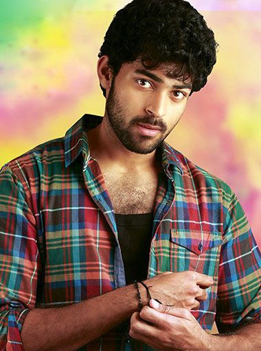 Varun Tej Biography like Zodiac Sign, Family Pics, Biodata, Height, Weight, Affairs, Age, Personal Photos Image, DOB, and Un Seen Family photo