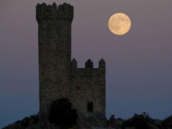 La superluna por el mundo (© Pablo Blazquez Dominguez/Getty Images)