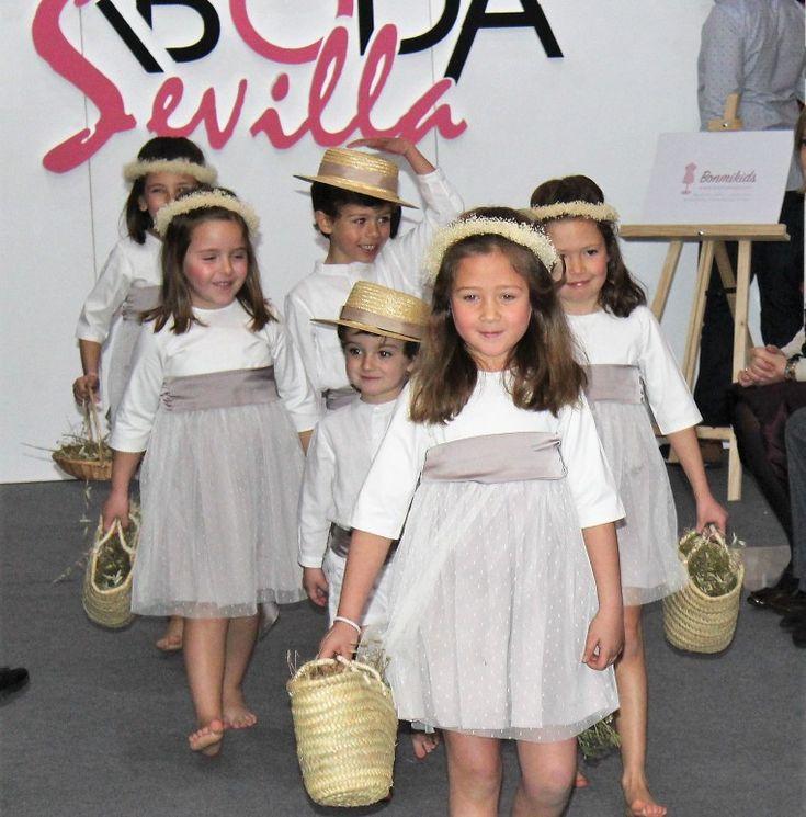 Vestido arras para alquilar. Desfile en Sevilla