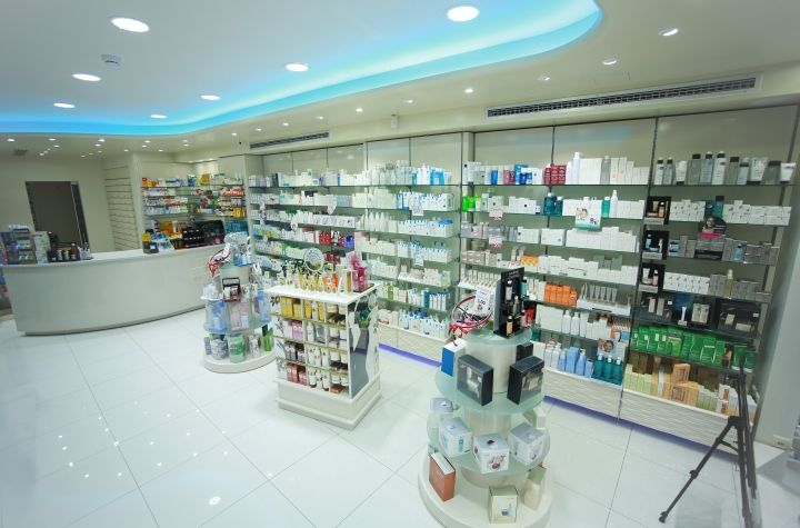 Pharmacy by Tsoumanis Pharmacy Design, Greece   Agrinio pharmacy office healthcare
