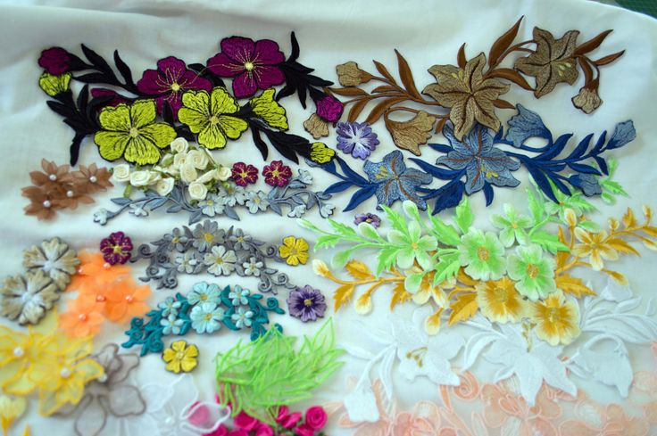 Applique Kit 002, 84 pieces, 30 cm to 1.5cm in length, assorted colours. by TheQuiltedCheese on Etsy