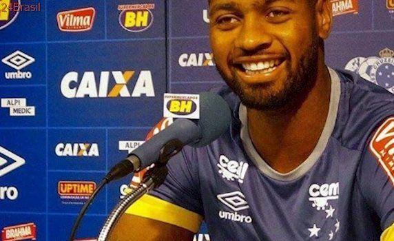 Relacionado, Dedé celebra volta ao Cruzeiro: 'Fiquei feliz e emocionado'