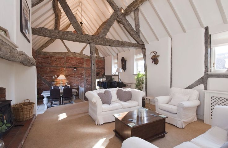Lounge, exposed trusses, ignore cushions!