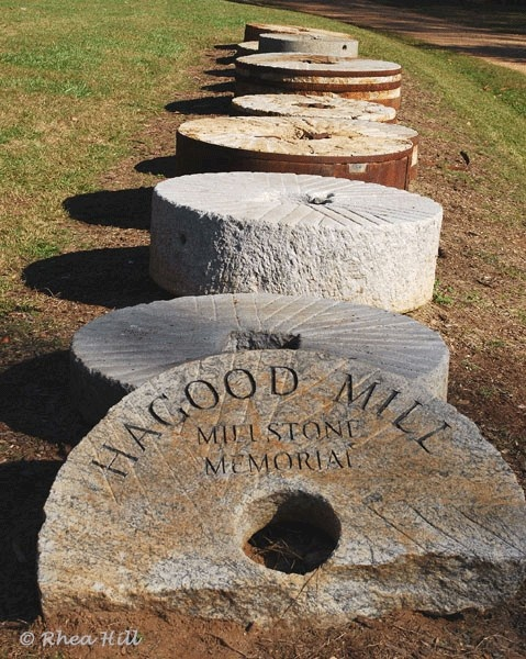 Marble Water Wheels : Old mill stones welcome visitors to hagood in pickens